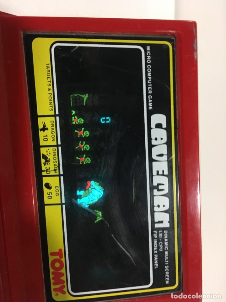 Videojuegos y Consolas: Game watch Caveman de Tomy, cavernicola lsi game color, Nintendo, bandai,maquinita, videojuego - Foto 3 - 252415655