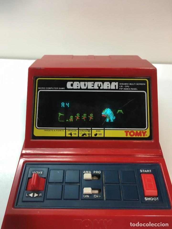 Videojuegos y Consolas: Game watch Caveman de Tomy, cavernicola lsi game color, Nintendo, bandai,maquinita, videojuego - Foto 4 - 252415655
