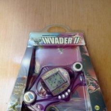 Videojuegos y Consolas: JUEGO ELECTRÓNICO TIPO GAME & WATCH TRONI INVADER II [NUEVO]. Lote 254911455