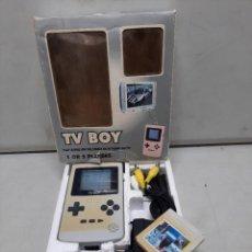 Videojuegos y Consolas: CONSOLA ANTIGUA TV BOY , INCLUYE CARTUCHO DE JUEGOS. Lote 254917400