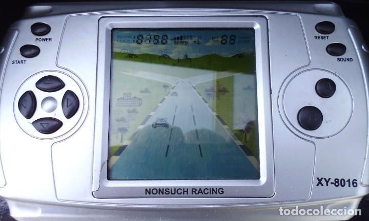 Videojuegos y Consolas: Consola de juegos ,con 5 juegos diferentes funcionando como ves en las fotos - Foto 4 - 261587815