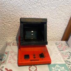 Videojuegos y Consolas: CONSOLA DE JUEGOS ROMTEC COLORVISION TIPO TABLETOP AÑOS 1984 GAME WATCH .CON UN JUEGO. Lote 261866740