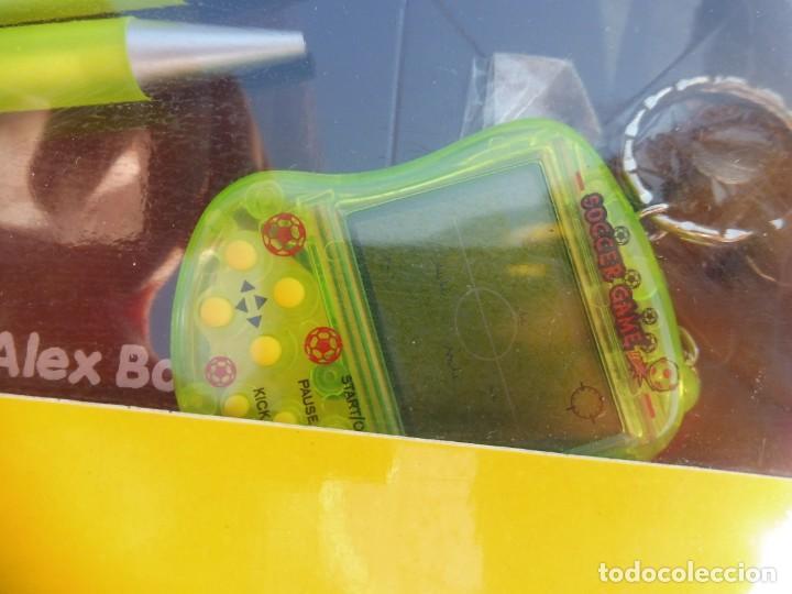 Videojuegos y Consolas: Alex bog estuche videoconsola lcd portátil soccer game con portaminas y bolígrafo - Foto 3 - 269068018