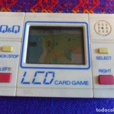 Videojuegos y Consolas: MAQUINITA CONSOLA BLANCA ARCADE Q&Q LCD CARD GAME TREASURE ISLAND GAME WATCH FUNCIONANDO. RARA.. Lote 277584313