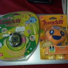 Videojuegos y Consolas: TAMAGOTCHI JINSEI Y FUNDA AMBOS BANDAI, AMBOS NUEVOS BLISTER ORIGINAL. Lote 278611353