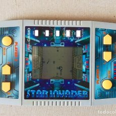 Videojuegos y Consolas: MAQUINITA TIPO GAME & WATCH: CASIO CG-600 STAR INVADER (2 JUGADORES) EN FUNCIONAMIENTO - AÑO 1986. Lote 278799658