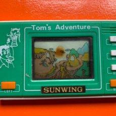 Videojuegos y Consolas: TOM'S ADVENTURE. ( SUNWING). MAQUINITA AÑOS 80. Lote 288004613