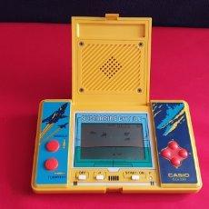Videogiochi e Consoli: CONSOLA CASIO CG-330 SUBMARINE BATTLE FUNCIONA. Lote 295038113