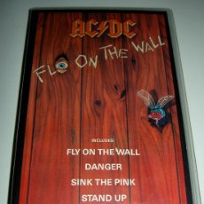 Vídeos y DVD Musicales: AC/DC VHS MUSICA HEAVY ROCK MUSIC FLY ON THE WALL ORIGINAL RELIQUIA. Lote 26626314