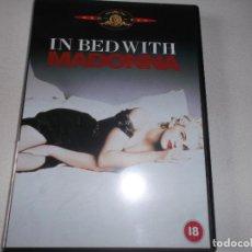 Vídeos y DVD Musicales: MADONNA IN BED WITH. Lote 67881357