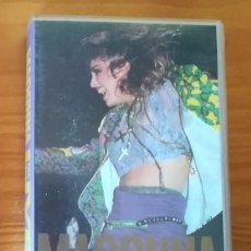 Vídeos y DVD Musicales: MADONNA LIVE, THE VIRGIN TOUR. VIDEO VHS. Lote 104621823