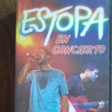 Vídeos y DVD Musicales: ESTOPA EN CONCIERTO VHS. Lote 147609165