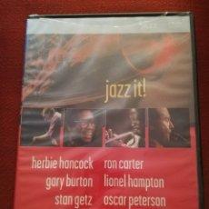 Vídeos y DVD Musicales: HERBIE HANCOCK, GARY BURTON, STAN GETZ, CHICK COREA, RON CARTER, LIONEL HAMPTON... JAZZ IT! (DVD). Lote 173460353