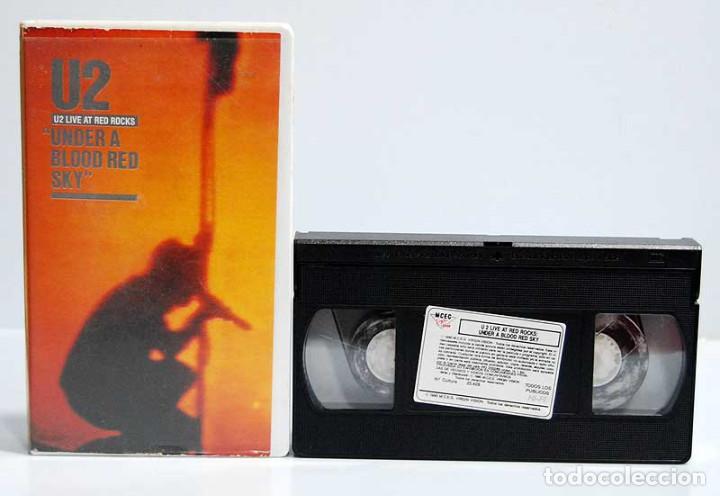 U2 - UNDER A BLOOD RED SKY. LIVE AT RED ROCKS. VHS (Música - Videos y DVD Musicales)