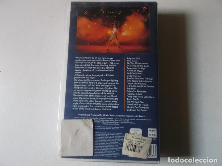 Vídeos y DVD Musicales: QUEEN AT WEMBLEY, 1990, VHS - Foto 2 - 187437205