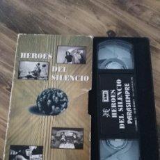 Vídeos y DVD Musicales: HÉROES DEL SILENCIO VHS PARASIEMPRE. BUNBURY. Lote 190892217