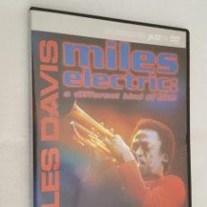 Vídeos y DVD Musicales: DVD MUSICA / MILES DAVIS - MILES ELECTRIC A DIFFERENT KIND OF BLUE / NUEVO, CAJA DELGADA.. Lote 194536852