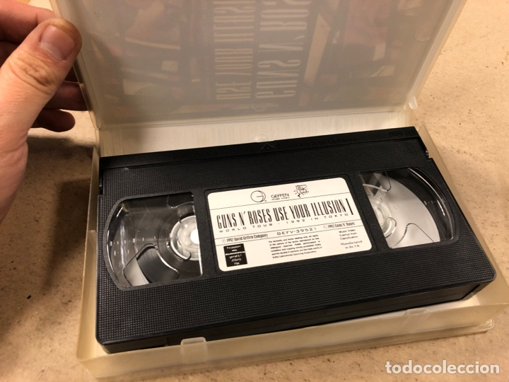 """Vídeos y DVD Musicales: - VHS - GUNS N' ROSES """"USE YOUR ILUSION I WORLD TOUR (1992 TOKYO)"""" - Foto 2 - 194895245"""