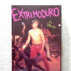 Vídeos y DVD Musicales: EXTREMODURO EN DIRECTO.NOS TIRAMOS A JODER...VHS. Lote 209317223