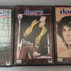 Vídeos y DVD Musicales: LOTE 3 VHS THE DOORS -THE SOLF PARADE A RETROSPECTIVE, HOLLYWOOD BOWL, DANCE ON FIRE. Lote 212135583