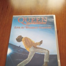 Vídeos y DVD Musicales: QUEEN - LIVE AT WEMBLEY STADIUM - 2 DVDS. Lote 218971507