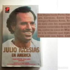 Vídeos y DVD Musicales: JULIO IGLESIAS EN AMÉRICA VHS VÍDEO TVE +OTROS CANTANTE ESPAÑOL MÚSICA ROMÁNTICA CANCIONES VIDA CASA. Lote 247481280
