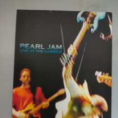 Vídeos y DVD Musicales: DVD DOBLE PEARL JAM LIVE AT THE GARDEN 2003. Lote 275272008