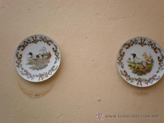 2 PLATOS DE PORCELANAS DE PERROS LIMOGES (Vintage - Decoración - Porcelanas y Cerámicas)