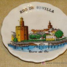 Vintage - PLATO CENICERO DE CERÁMICA. RECUERDO SOUVENIR DE SEVILLA. GIRALDA, TORRE DEL ORO. 8,5 CM. - 17960165