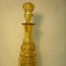 Vintage: BOTELLA ART DECO CRISTAL COLOR AMBAR FACETADO. Lote 27300730