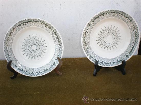 PAREJA DE PLATOS DE CERAMICA DE SEGOVIA (Vintage - Decoración - Porcelanas y Cerámicas)
