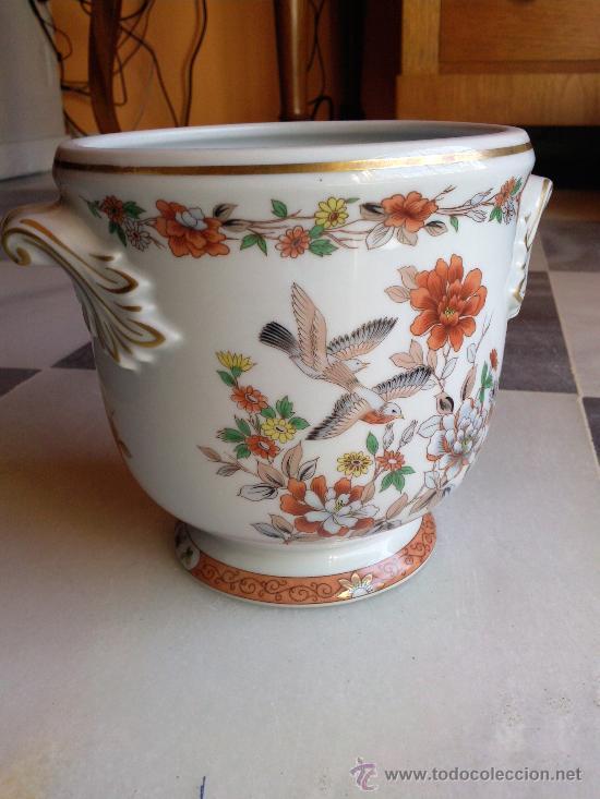 Vintage: Muy bonito macetero en porcelana marca Vista Alegre, Portugal. - Foto 3 - 34935348