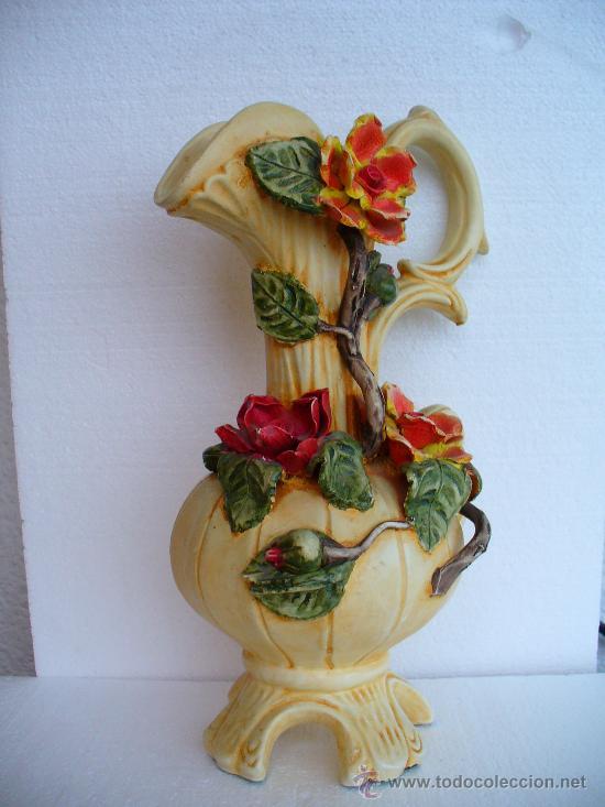 jarron con flores en relieve cm altura vintage decoracin jarrones y