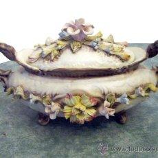 Vintage: SOPERA DE PORCELANA ORIGINAL CAPODIMONTE SELLADA Y NUMERADA . Lote 26276348