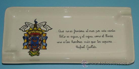 GRAN CENICERO BANDEJA DE CERÁMICA. MELILLA. POETA RAFAEL GUILLÉN. CIUDAD AUTÓNOMA. (Vintage - Decoración - Porcelanas y Cerámicas)