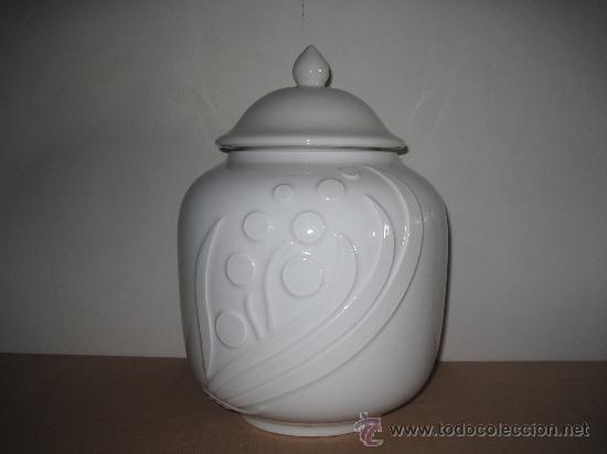 TIBOR DE PORCELANA. (Vintage - Decoración - Porcelanas y Cerámicas)