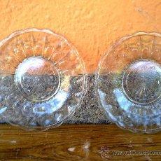 Vintage: ANTIGUOS 2 PLATOS DE CRITAL TALLADOS.. Lote 31659634