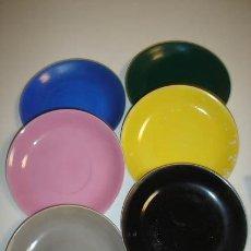 Vintage - seis platos de cafe de colores - 32477950