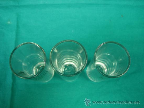 Vintage: 3 Vasos de chupitos LEGENDARIO. Altura 10´5x4 cm - Foto 5 - 34088649