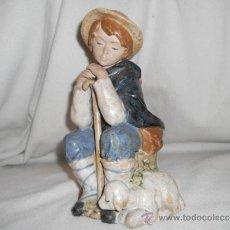 Vintage: PASTORCILLO SENTADO PASTOR Y OVEJA - PORCELANA ARTISTICO LEVANTINA - PAL - FIGURA - MADE IN SPAIN. Lote 37054907