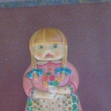 Vintage: PRECIOSA NÑA DE CERAMICA PARA PARED. Lote 37150576