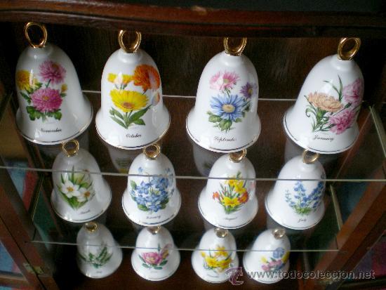 Vintage: Colección campanas de porcelana en vitrina expositor, vintage. - Foto 3 - 37603235