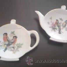 Vintage - Preciosos platillos de porcelana en forma de tetera decorados con pajaritos. - 37839856