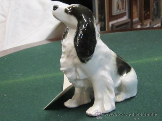 Vintage: Pequeño perro de porcelana . Coquer - blanco y negro . Porcelana URSS - sello en la base - Foto 2 - 38057476