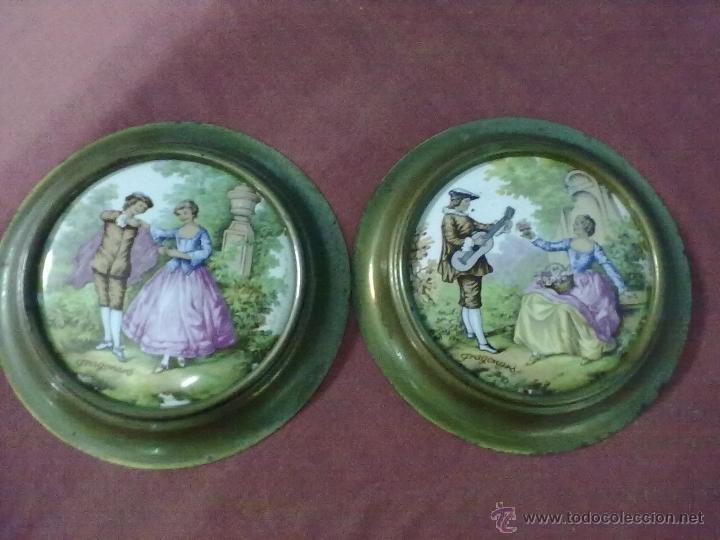 ESCENAS FRAGONARD DOS DECORATIVAS PLACAS DE PORCELANA TIPO LIMOGES (Vintage - Decoración - Porcelanas y Cerámicas)