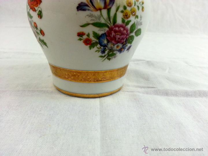 Vintage: Tibor de porcelana con decoraciones en oro - Foto 4 - 39620685