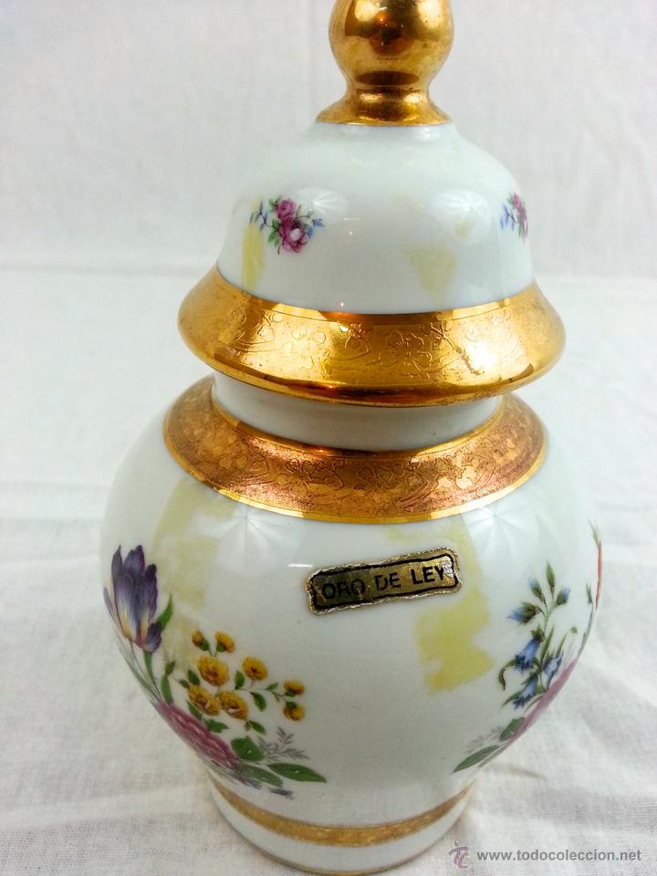 Vintage: Tibor de porcelana con decoraciones en oro - Foto 5 - 39620685