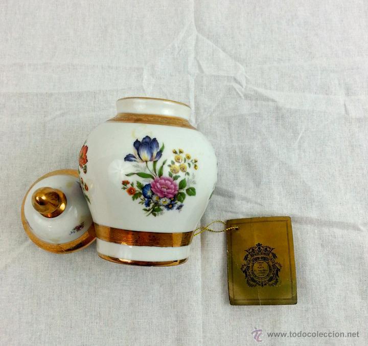 Vintage: Tibor de porcelana con decoraciones en oro - Foto 12 - 39620685