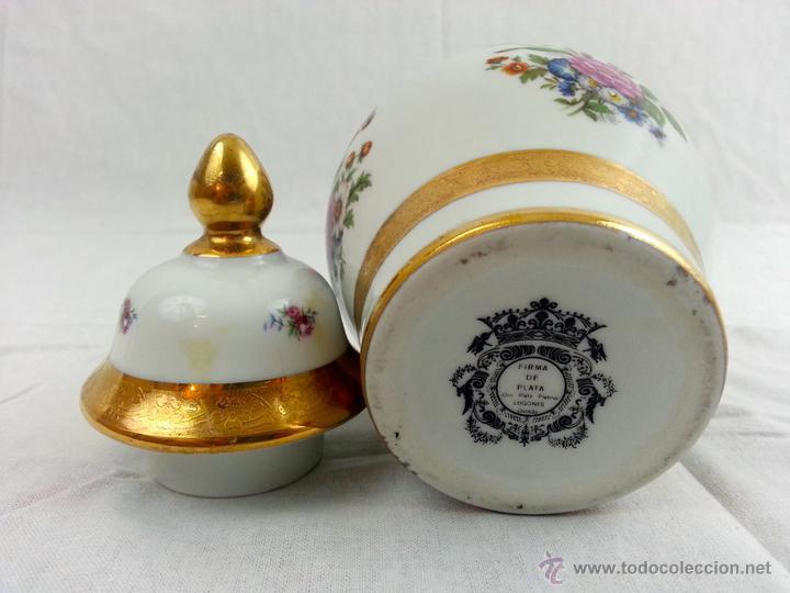 Vintage: Tibor de porcelana con decoraciones en oro - Foto 13 - 39620685