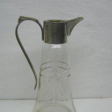 Vintage: ANTIGUA JARRA CRISTAL TALLADO CON APLIQUES DE METAL 22 CM 1920/30 MODERNISTA. Lote 42849267